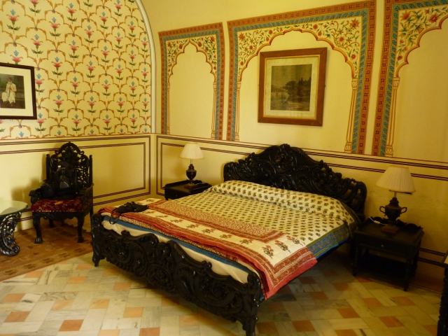 Our oppulent bedroom at the Castle Kanota.