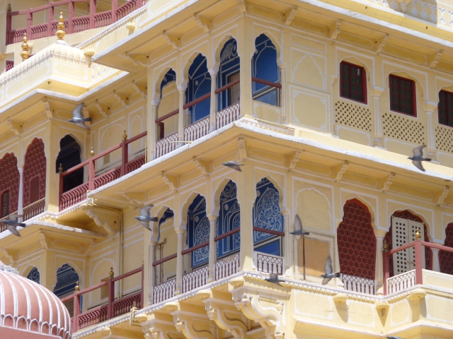 The Chandra Mahal facade.