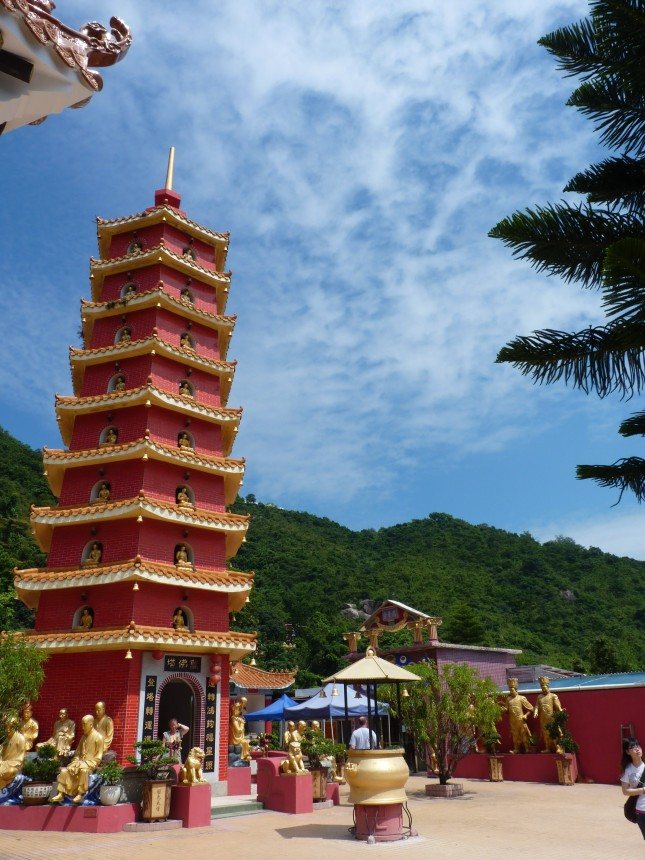 The 9 tiered red pagoda - The Ten Thousand Buddhas Monastery.