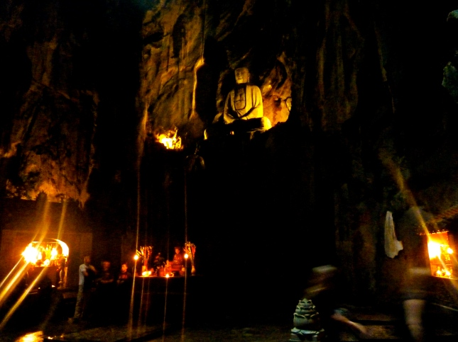 The seated Buddha in the Huyen Khong Cave