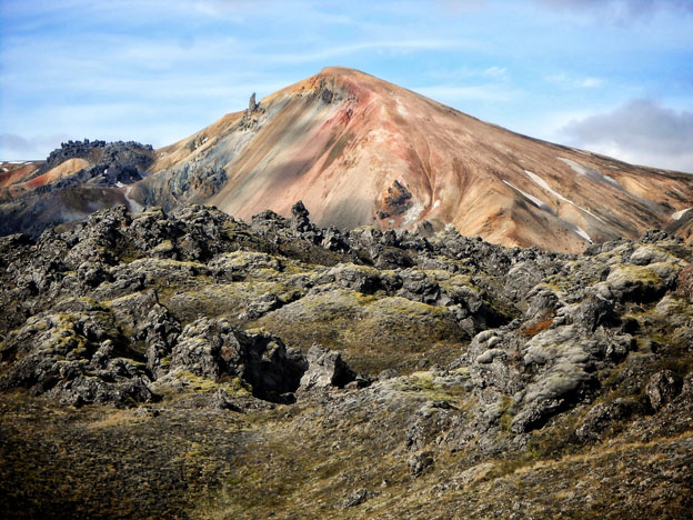 The colourful rhyolite-containing mountains of Brennisteinsalda