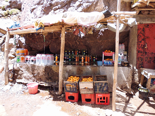 Refreshments along the trail, fresh oranges and cooled drinks