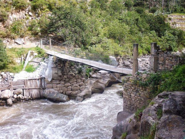 The Qoriwayrachina Bridge