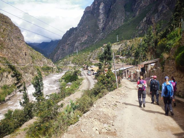 The dusty start to The Inca Trail beside the Rio Urubamba and railway tracks