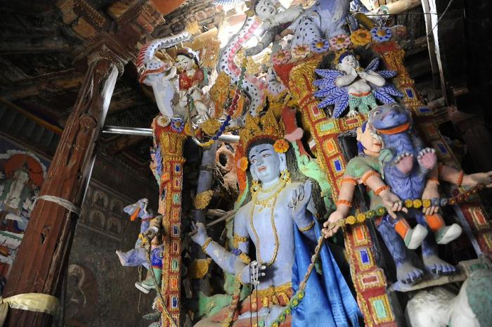 Manjushri-Sculpture