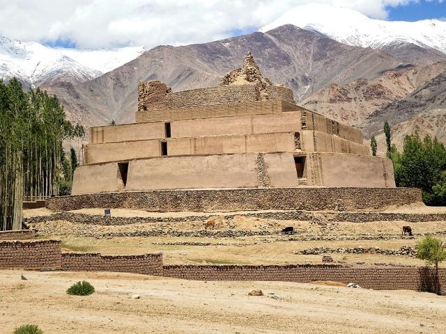 Tisserru Stupa